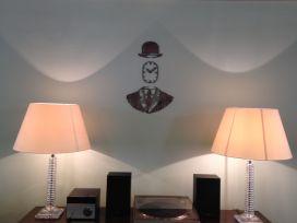ziferblat-manchester-wall